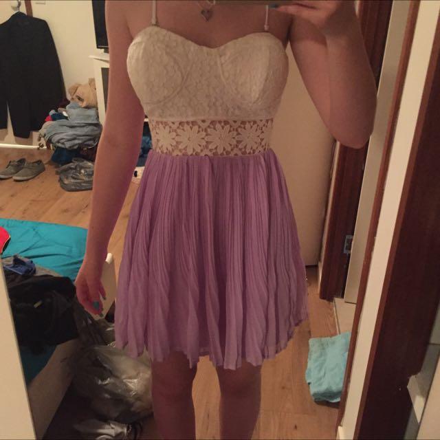 Size 6 Mooloola Dress