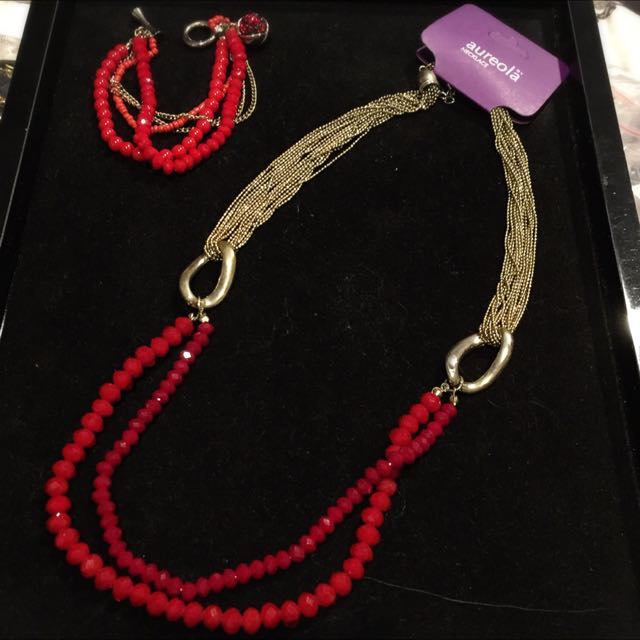 Swarovski Red Necklace & Bracelet Set