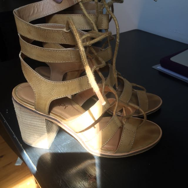 Therapy Heels. Tan Colour Size 7