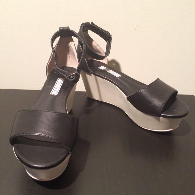 Tony Bianco Flatform Sandals