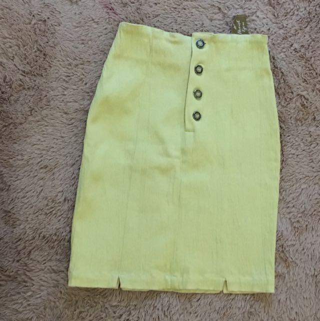 Yellow Tight Skirt
