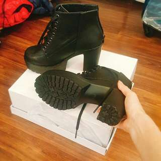 Ankle Laced Boots Black