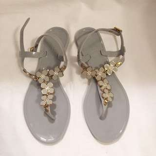 US Size 8 | UK Size 5 Jelly Sandals