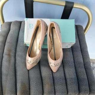 Sepatu Heels Iora