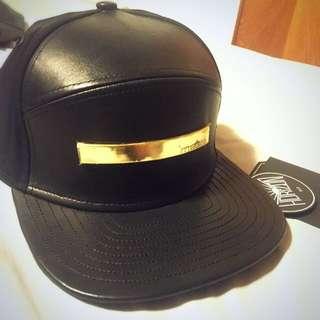 BLACK LEATHER MELIN GOLD