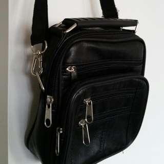 Multi-compartment Man Bag