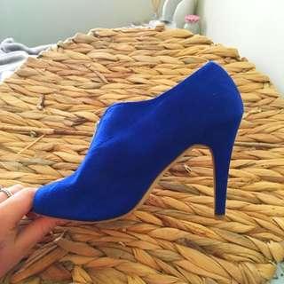 Woman's Heels !