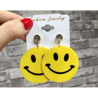 Rare Smile Face Earrings  (原宿(はらじゅくHarajuku style)