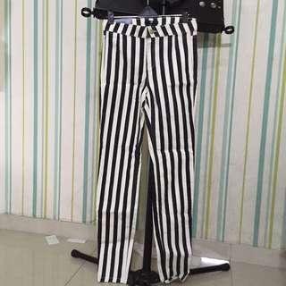 H&M STRIPPED PANTS