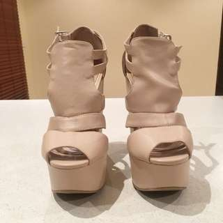 Brand New Zu Platforms