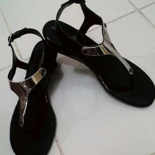 Montego Bay Club Sandals BY PAYLESS (FOR SHIPPING THANK YOU...)