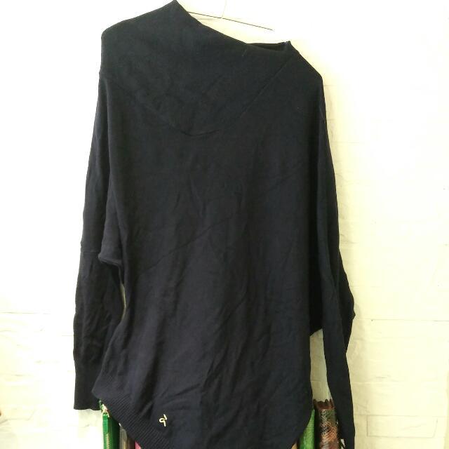 A La Sha深藍色不規則設計針織上衣