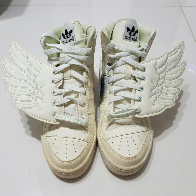 6a186cf99b28 Adidas Jeremy Scott Wings Glow in the Dark