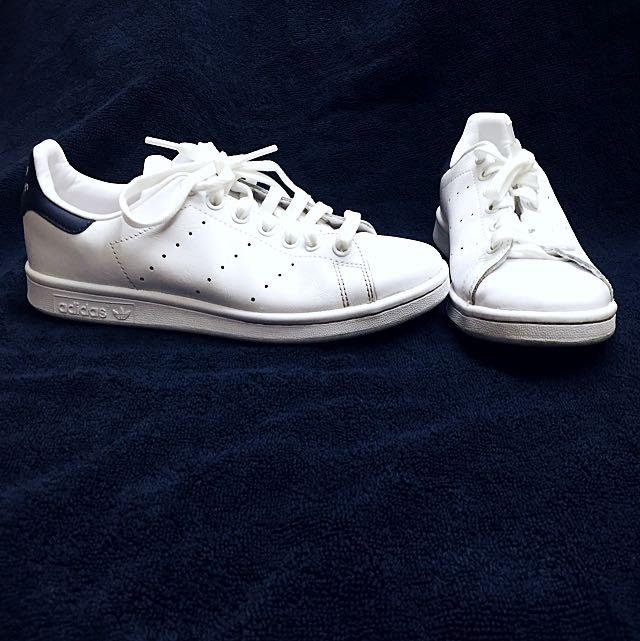 Adidas Stan Smith white shoes