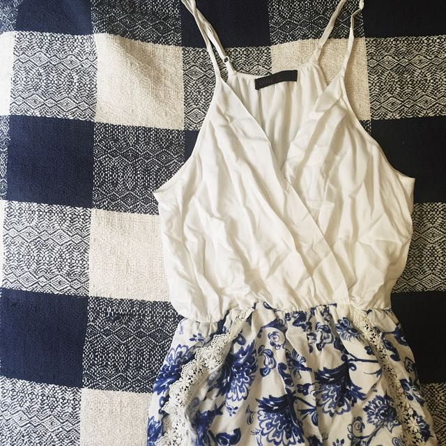 Ally Playsuit Size 6
