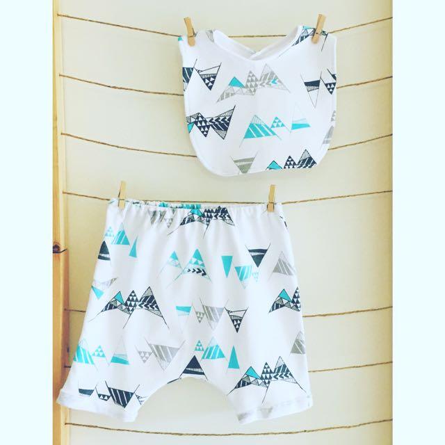 """Geometric Alps"" Slouch Shorts & Bib Set"