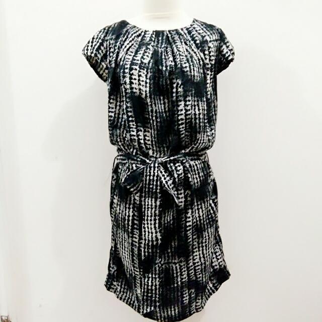 Mini Dress Brand MINIMAL.