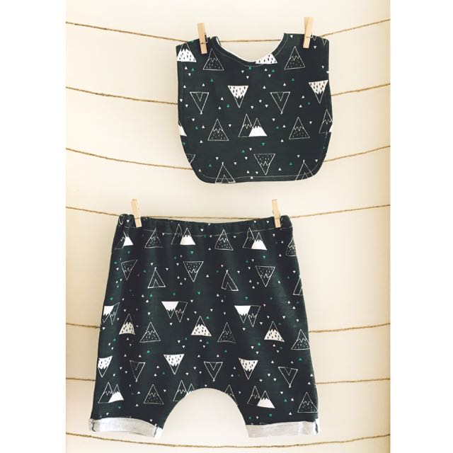 """""""Mountains & Teepees"""" Slouch Shorts & Bib Set"""