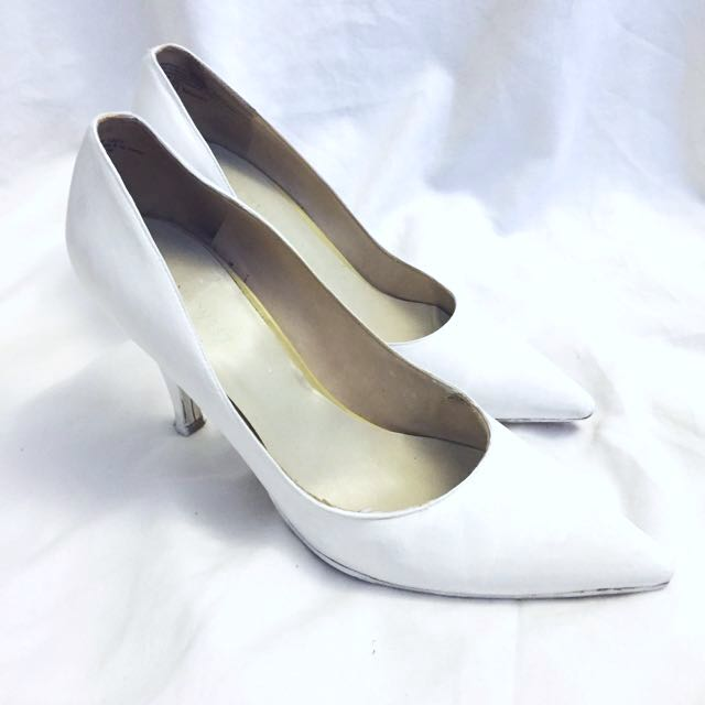 Nine West Matte White Pumps