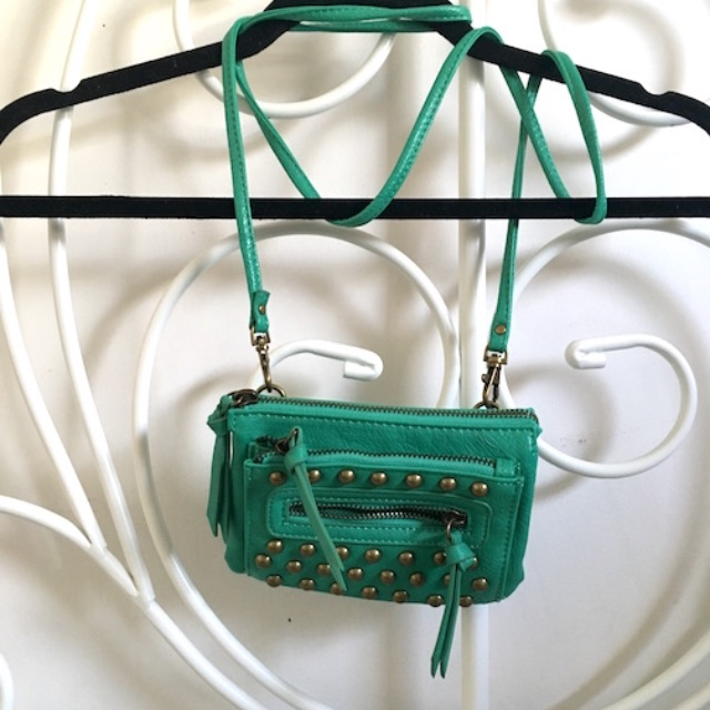 UO - ECOTE - TEAL STUD BAG