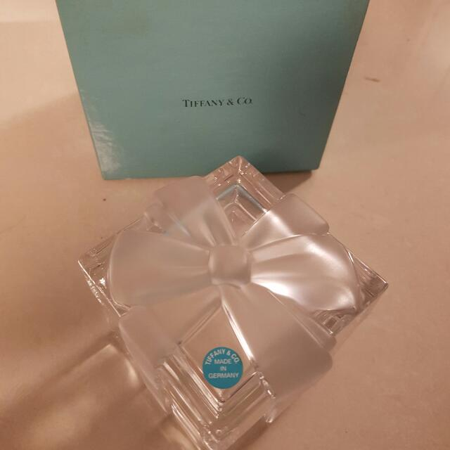 50c32e0eae1 VINTAGE TIFFANY   Co. GLASS BOX w FROSTED GLASS RIBBON   BOW LID ...