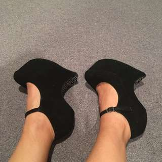 Gaga Shoes