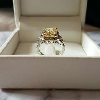 Lab Grown Yellow Diamond Ring From CARAT*