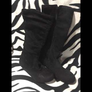 Women's Zip-Up Knee High Boots