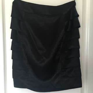 Size 8 Forcast Skirt