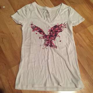 Light Pink American Eagle T-Shirt