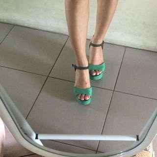 🚚 綠色雙色厚底涼鞋