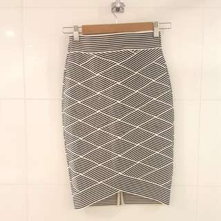 NEW Portman's Pencil Skirt Size 6