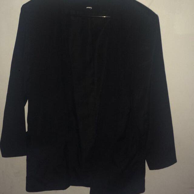 1x Black Blazer With Pockets