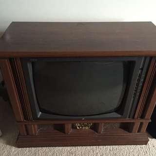 Antique Appearance Colourful Zenit TV