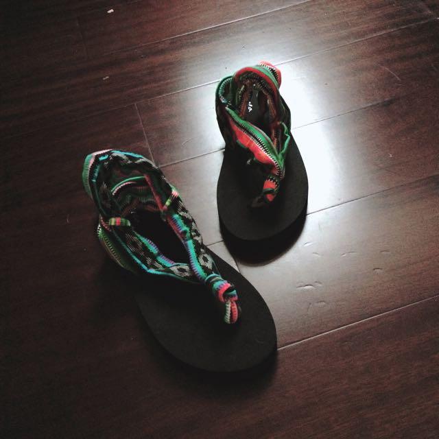 涼拖鞋(共兩色)