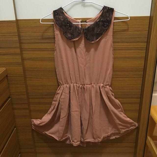 粉裸色小洋裝