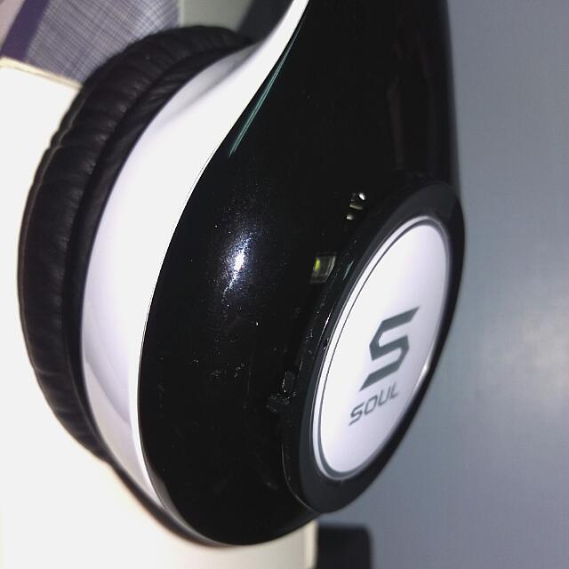 徵求 SL300耳機右邊電池蓋 黑色佳