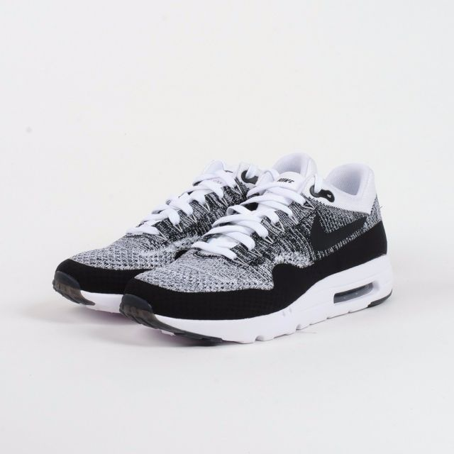 sneakers for cheap 1de76 cee3c Authentic Nike AIR MAX 1 ULTRA FLYKNIT Oreo, Men's Fashion ...