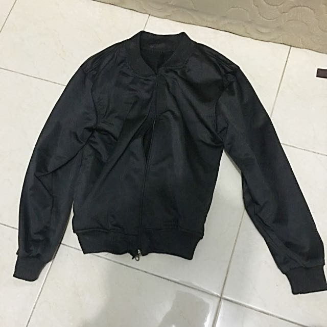 Bomber Jacket (M)
