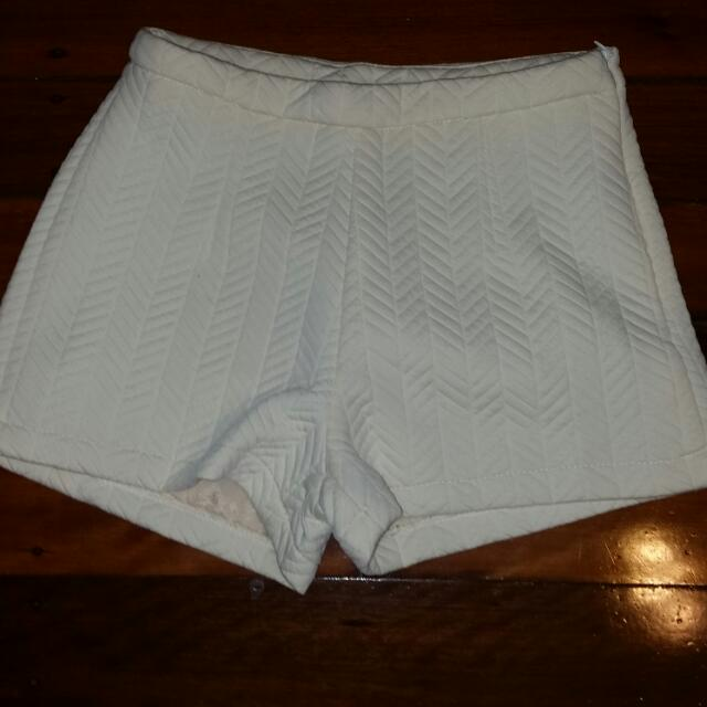 Cream Shorts Size 8