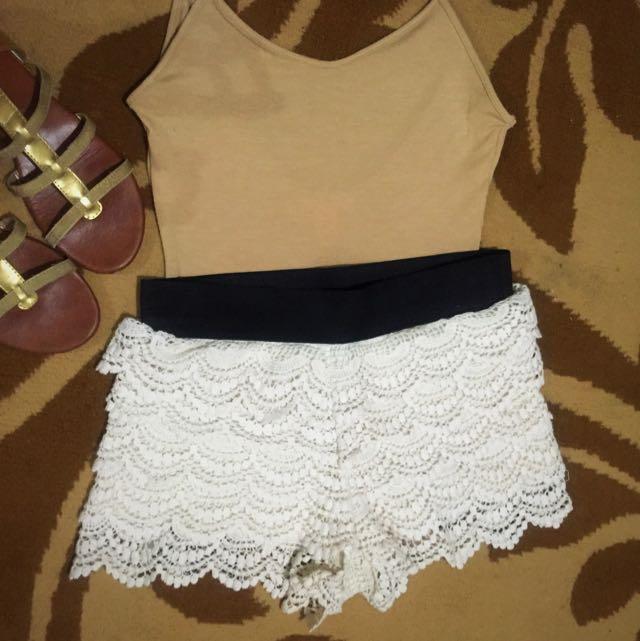 F21 Size S Lace Bohemian Beige Short