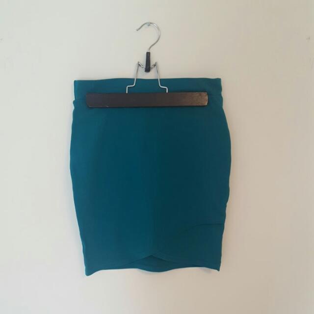 Green Skirt From Aritzia
