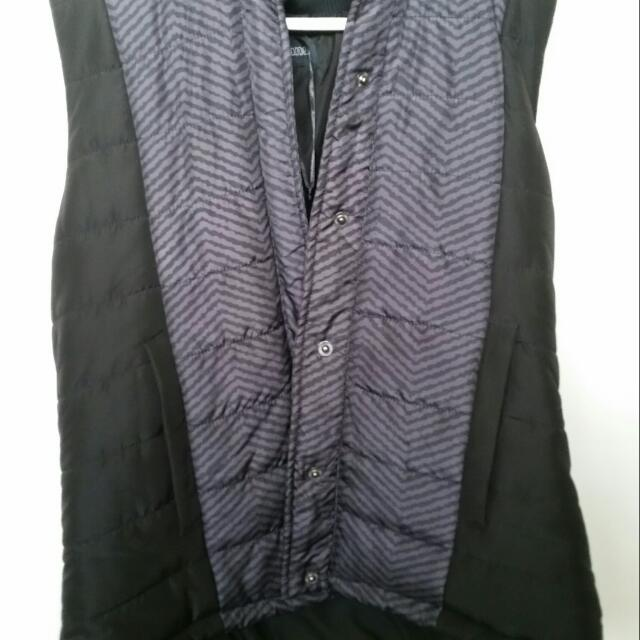 Hooded Puffer Jacket Vest