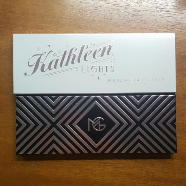 [INSTOCK] Makeup Geek X KathleenLights Highlighter Palette