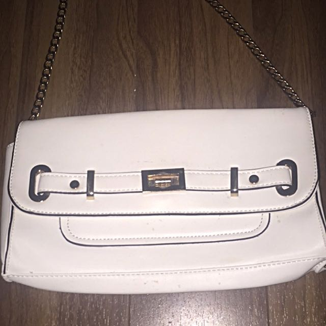 NEW le Chateau Purse
