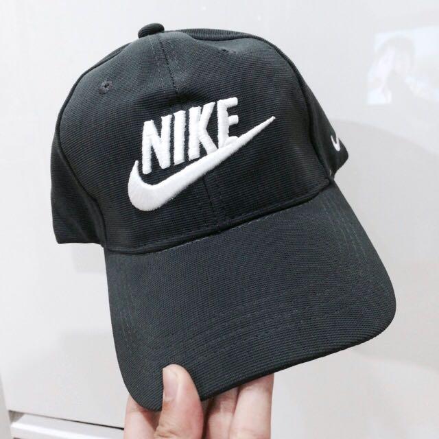 NIKE Vintage Cap - YL. CAPS