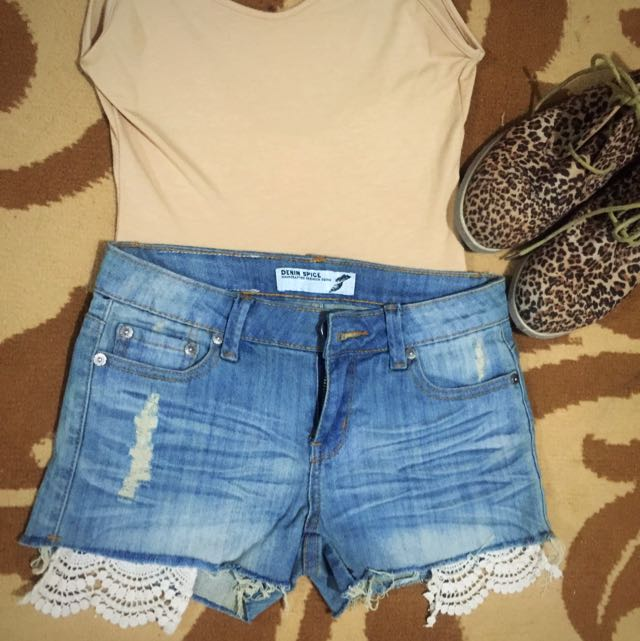 People Are People Denim Spice Shorts size 27