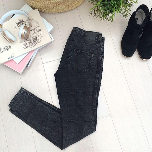 St&ard Jeans