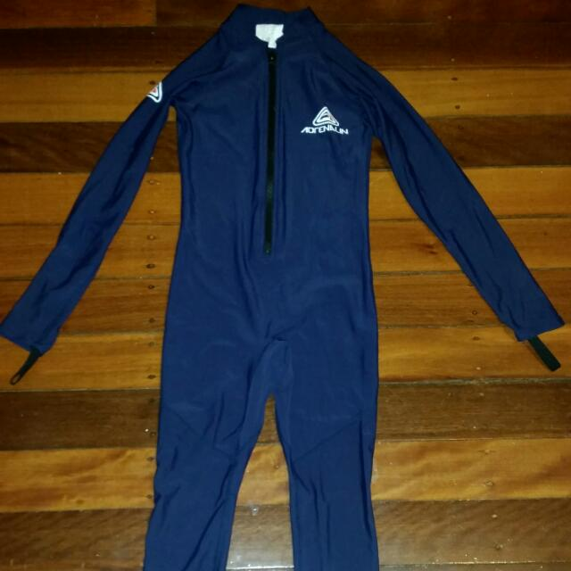 Stinger Suit Kids Size 10