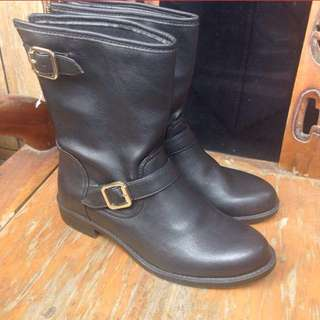Payless Boots Like New / Boots Cewe / Faux Leather Boots